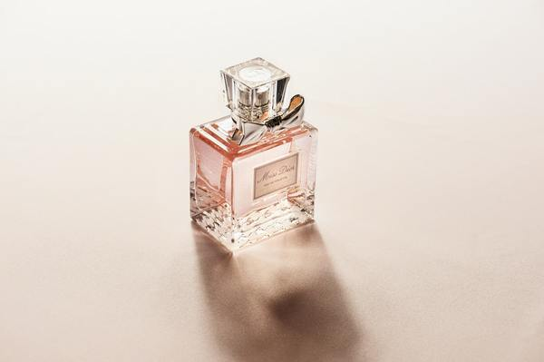 miss-dior-bottle