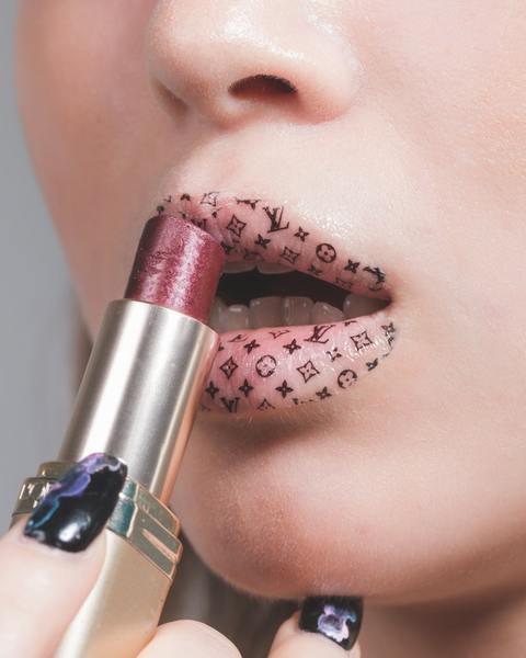 lips-women